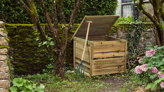 Does A Compost Bin Need to Be in The Direct Sun or Shade